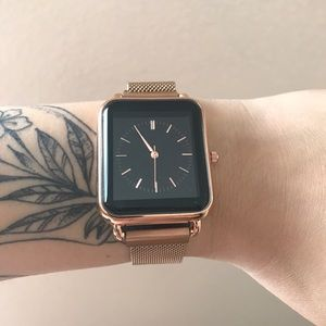 Accessories - Rose gold watch